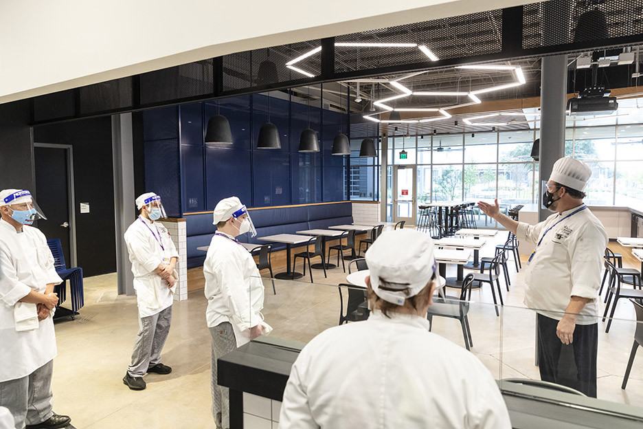 Chef David Waggoner introduces his spring 2021 semester students to the brand new student-run restaurant, Eatery 73, inside Highland Campus, Building 2000.