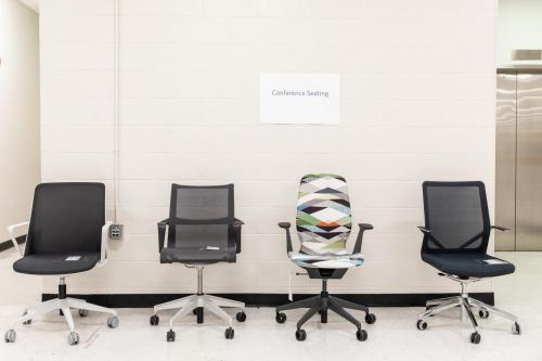 RGC_office_mock-up_chairs