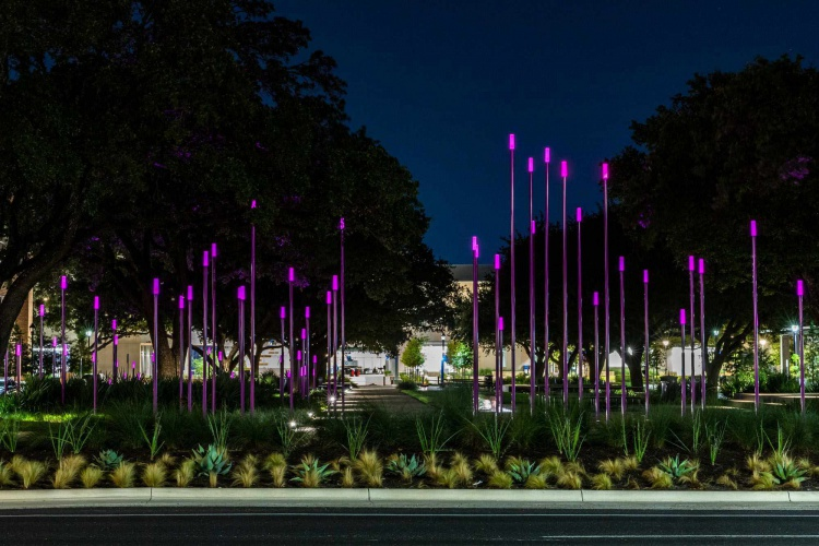 HLC Fontaine Plaza lights